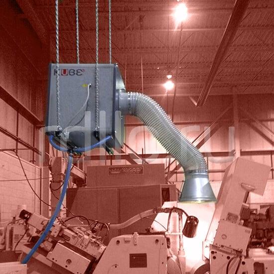 Размещение фильтра удаления масляного тумана / паров СОЖ Kube над рабочей зоной станка на цепях