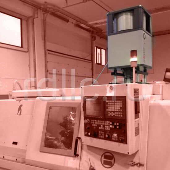 Фильтр удаления масляного тумана / паров СОЖ Kube установлен вертикально на токарном станке с ЧПУ BIGLIA
