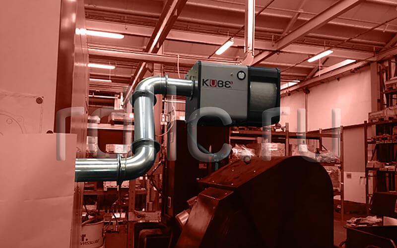 Размещение фильтра удаления масляного тумана (паров СОЖ) Kube на стойке (горизонтальная установка | жесткая подводка | абсолютный фильтр окончательной очистки HEPA H13)
