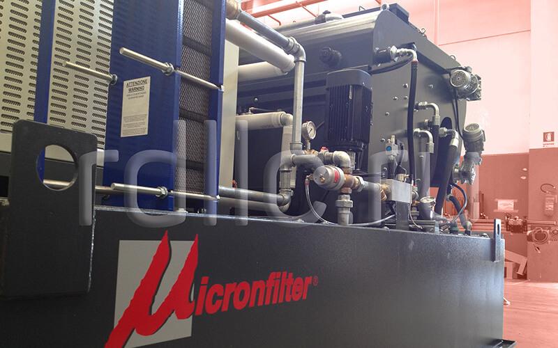 Самоочищающаяся установка фильтрации СОЖ барабанного типа Spin с предустановленным магнитным сепаратором СОЖ Kalamit и чиллером для охлаждения СОЖ